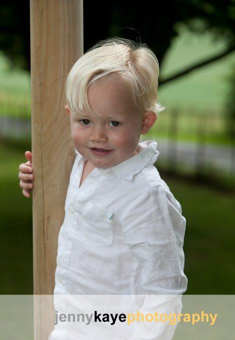 Nursery photos outdoors (Amersham)