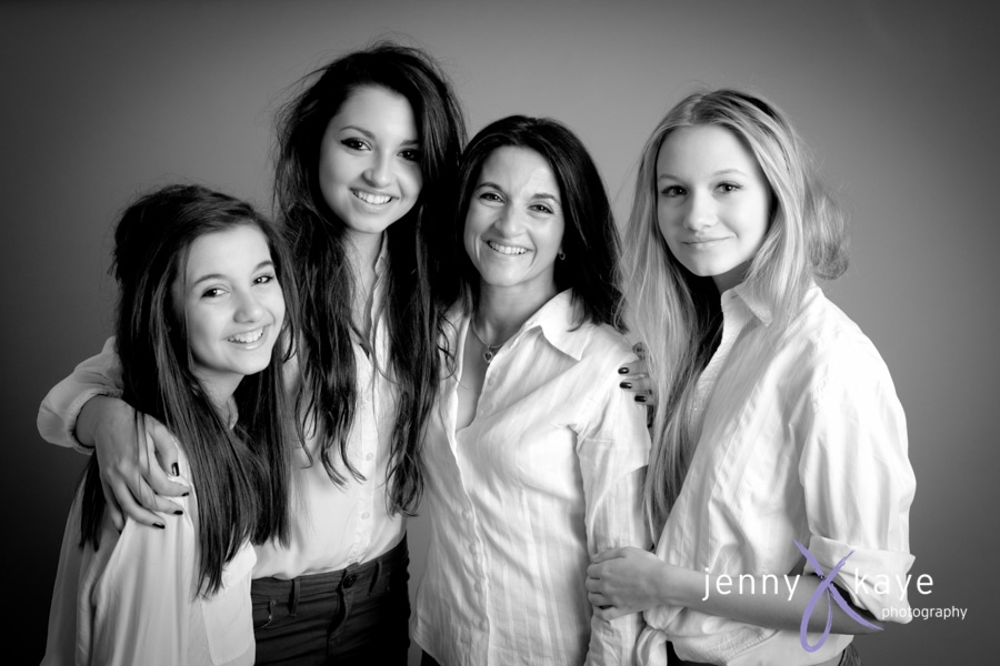 mother and daughters photoshoot